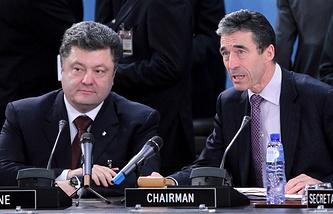 Президент Украины Петр Порошенко и генеральный секретарь НАТО Андерс Фог Расмуссен