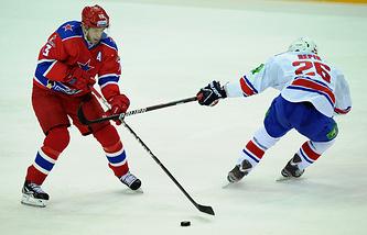 Павел Дацюк (слева) считается одним из самых техничных игроков мирового хоккея