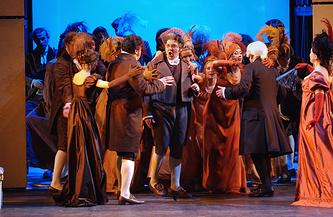 """Опера """"Война и мир"""" в Большом театре, 2005 год"""