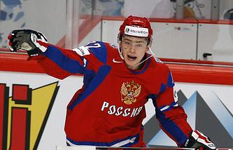 Евгений Кузнецов в матче чемпионата мира по хоккею