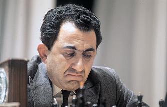 Гроссмейстер Тигран Петросян