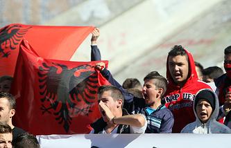 Болельщики сборной Албании в Ньоне