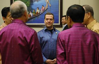 Премьер-министр РФ Дмитрий Медведев на Восточноазиатском саммите в Мьянме