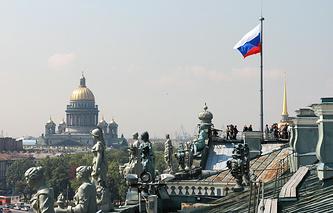 Вид с крыши Зимнего дворца