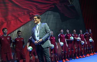 Фабио Капелло на презентации формы сборной России