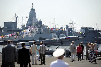 Военно-морской салон в Санкт-Петербурге