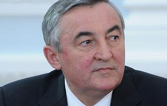 Глава администрации Великого Новгорода Юрий Бобрышев