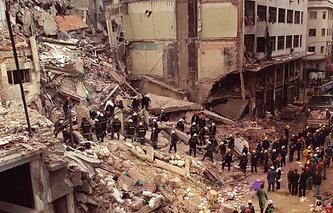 После теракта в еврейском культурном центре. 18 июля 1994 года, Буэнос-Айрес