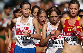 Российские ходоки Елена Лашманова и Анися Кирдяпкина (слева направо)