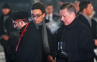 Сергей Иванов (справа)