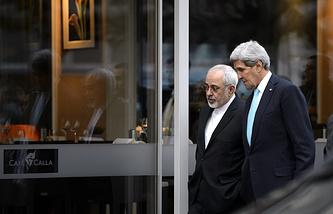 Главы внешнеполитических ведомств Ирана и США Мохаммад Джавад Зариф и Джон Керри