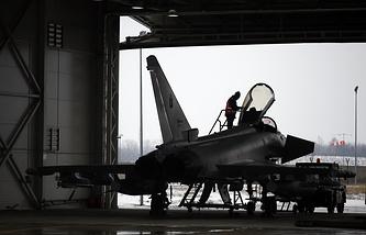 Cамолет НАТО Typhoon на базе ВВС Литвы в Шяуляе