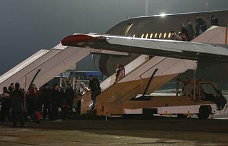 Самолет с гражданами России  прибывший из Йемена