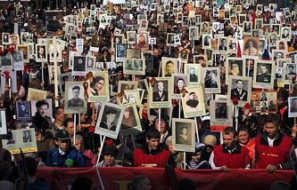 """Акция """"Бессмертный полк"""" в Санкт-Петербурге, 9 мая 2014 года"""
