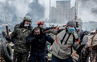 Ситуация на площади Независимости в Киеве, февраль 2014 года