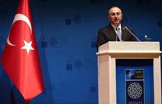 Министр иностранных дел Турции Мевлют Чавушоглу