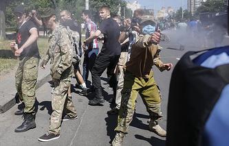 """Во время столкновений на """"Марше равенства"""" в Киеве"""