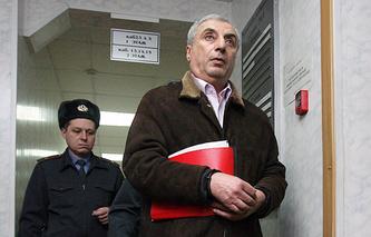 Александр Солодкин-старший (на первым плане)