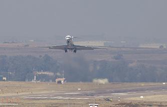 Самолет с президентом Судана Омаром аль-Баширом вылетает из Претории