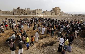 В результате авианалета международной коалиции на Йемен во время гуманитарного перемирия погибли более 30 человек