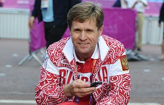 Тренер по спортивной ходьбе Виктор Чегин