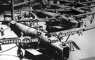 Американские самолеты, готовые к отправке через Аляску и Чукотку в СССР
