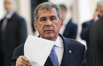 Рустам Минниханов
