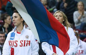 Российские теннисистки Анастасия Мыскина и Мария Шарапова