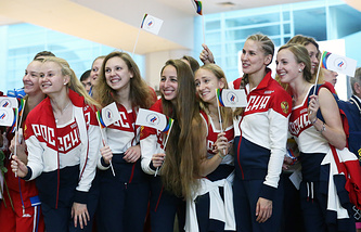 Члены сборной России по синхронному плаванию перед вылетом в Рио-де-Жанейро