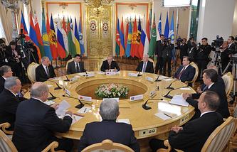 Неформальный саммит глав государств СНГ, 2012 год