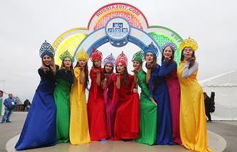 Часы с обратным отсчетом до начала XIX Фестиваля молодежи запущены в Москве