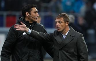 Виктор Гончаренко (справа)