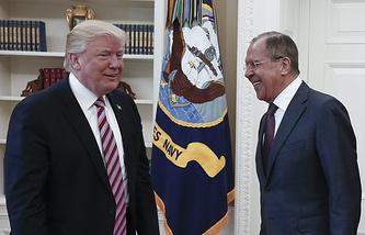 Президент США Дональд Трамп и министр иностранных дел РФ Сергей Лавров