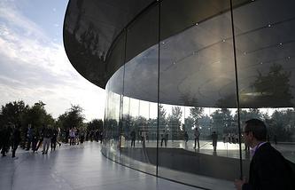 Кампус Apple Park в Купертино, Калифорния