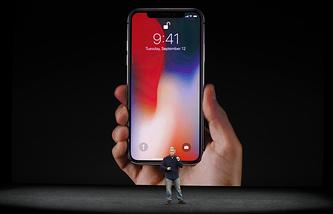Cтарший вице-президент Apple по маркетингу Фил Шиллер на презентации iPhone X