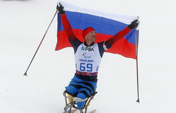 Roman Petushkov winning the Biathlon Men's 12.5km Sitting competition Mar. 11