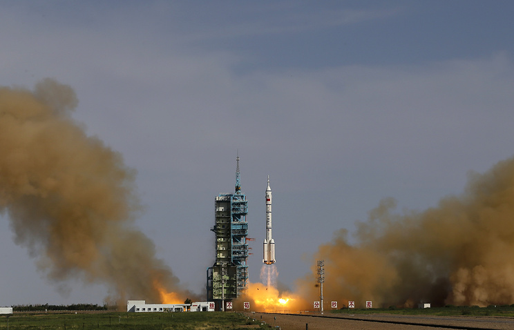A rocket launched from the Jiuquan Satellite Launch Center (archive)