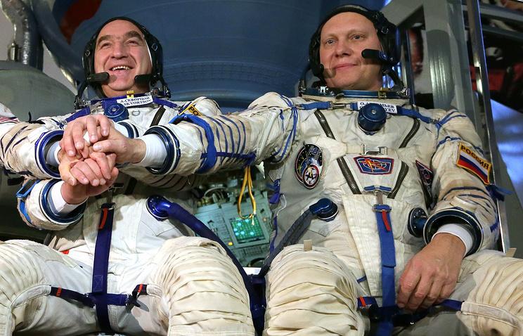 Russian flight engineers Alexander Skvortsov and Oleg Artemyev