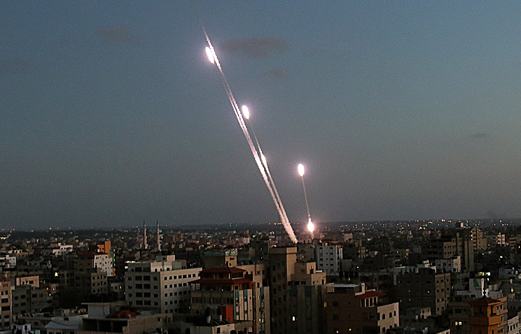 Rockets launched by military of Hamas in Gaza City