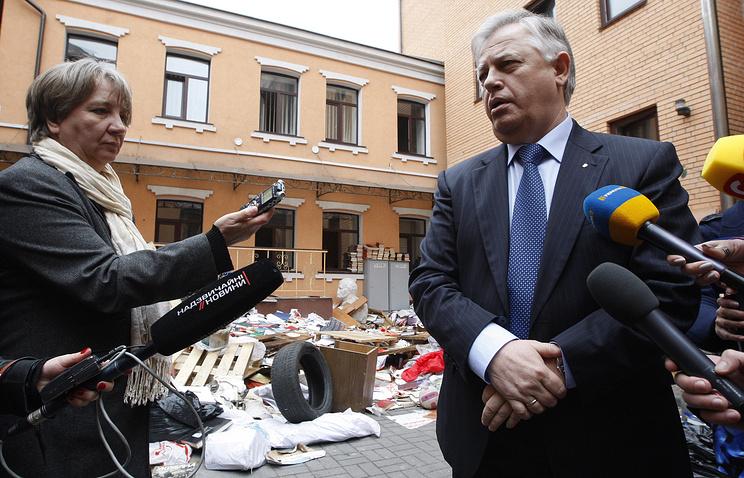 Ukrainian Communist Party leader Petro Symonenko