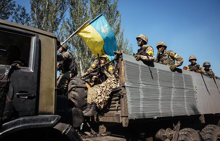 Ukrainian troops seen near the town of Ilovaisk