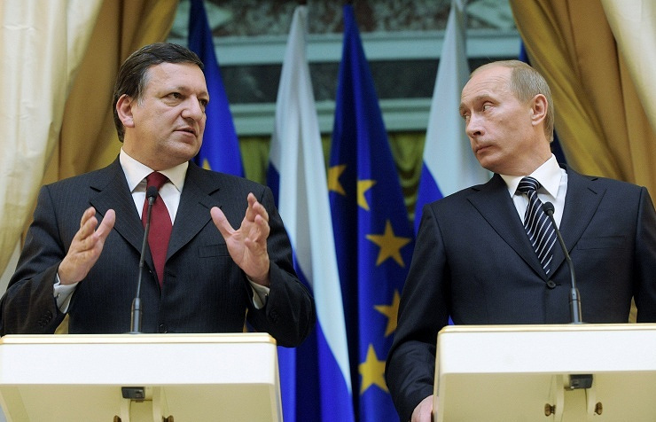 Jose Manuel Barroso and Vladimir Putin