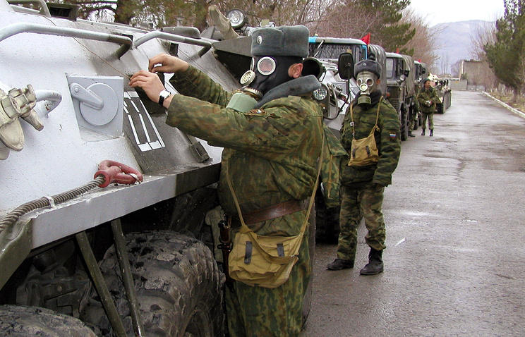 Servicemen of the 201st Russian military base during drills (archive)