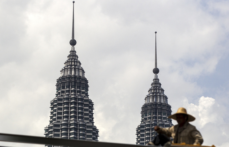 Twin towers of Malaysian petroleum company Petronas, in Kuala Lumpur
