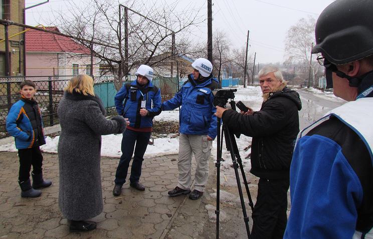 OSCE observers in eastern Ukraine (archive)