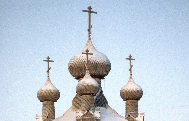 Wooden Orthodox church (archive)