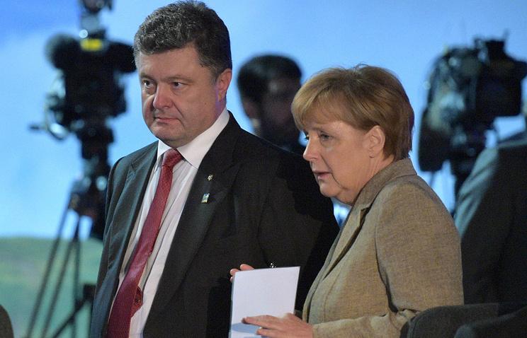 Ukraine's President Petro Poroshenko and Germany's Chancellor Angela Merkel