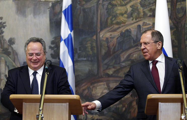 Greek Foreign Minister Nikos Kotzias and Russian Foreign Minister Sergey Lavrov
