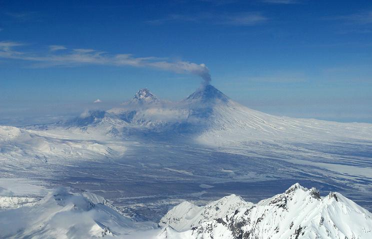 Klyuchevskoy volcano (archive)