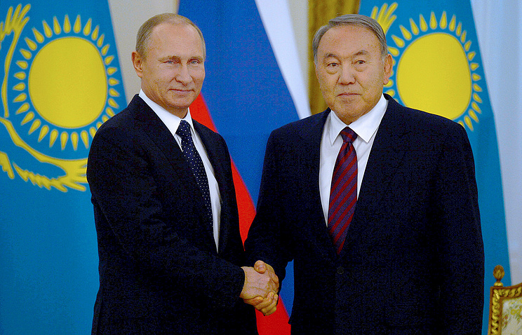 Vladimir Putin and Nursultan Nazarbayev